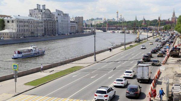 будет перекрыто движение транспорта на Москворецкой набережной