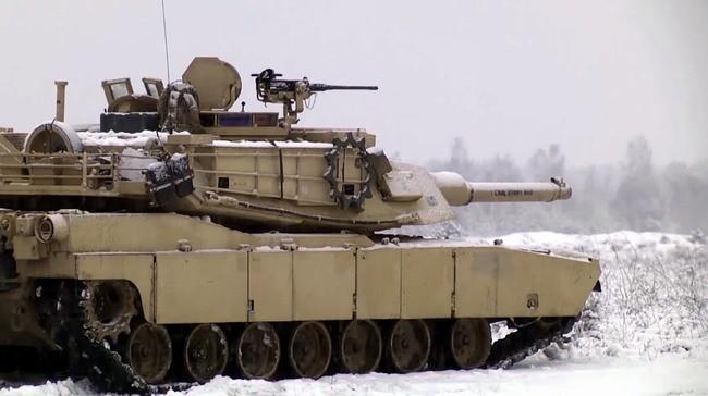 проведение масштабных учений войск НАТО