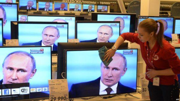 Россияне уже не верят телевидению