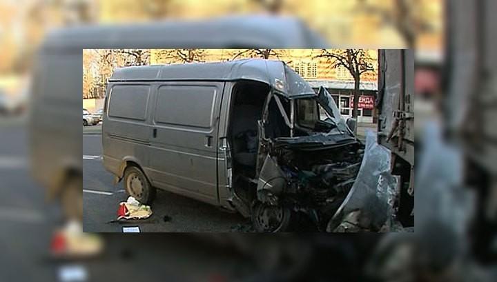 «Газель» врезалась в «Камаз»